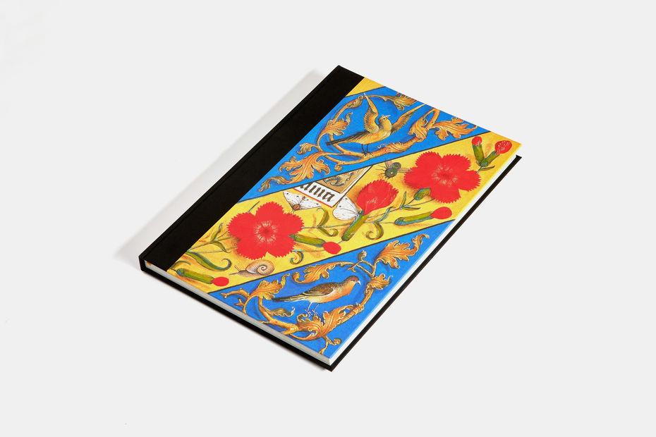 Подарочная книга для компаний Сто удивительных манускриптов, 2018, Агей Томеш, Лаборатория дизайна НИУ ВШЭ